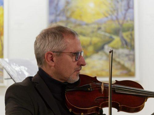 Andrea Testa – direttore artistico – violino