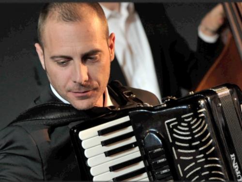 Luca Degani – pianoforte e computer music
