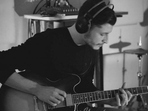 Giacomo Bulgarelli – chitarra elettrica